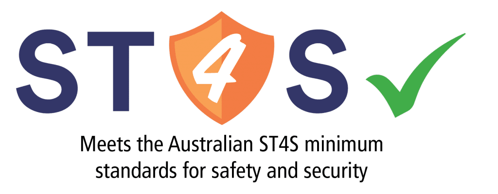 st4s logo and words.1